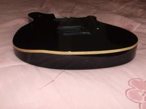 Pintar guitarra Peavey Wolfgang (3)
