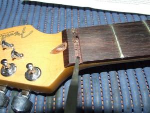 Instalar Roller Nut LSR Fender (2)