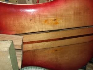 Restauro  de guitarra Baixo Rickenbaker (2)