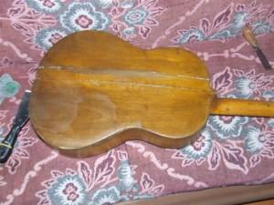 Restauro de Viola com 50 anos (11)
